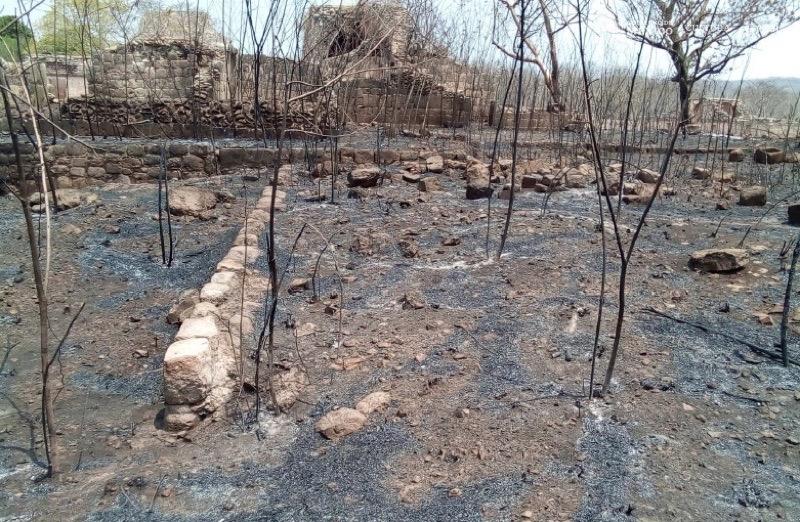 Afectó incendio 27 estructuras en zona arqueológica de Oxkintok