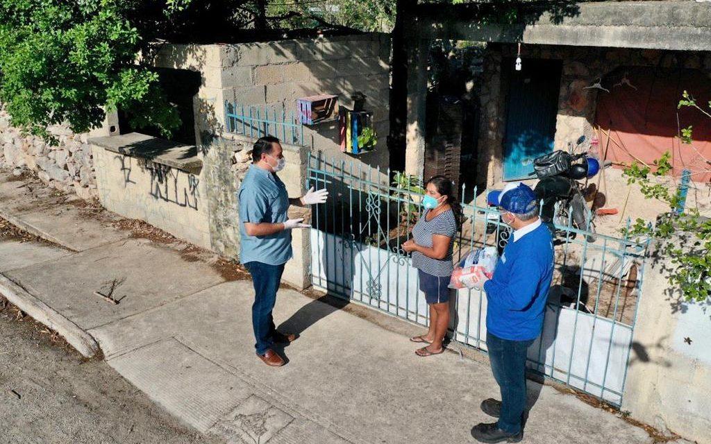 Supervisa Renán segunda etapa  de apoyos alimentarios y kits sanitizantes