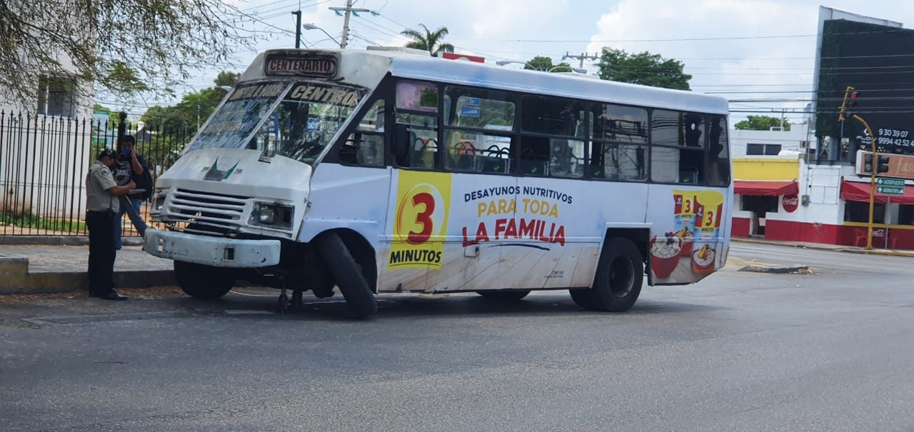 """Imprudencia: autobús pierde llanta por rotura mecánica en """"carrerita"""""""