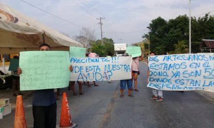 'Olvidados': artesanos-comerciantes de Chichén Itzá reclaman apoyos (Vídeo)