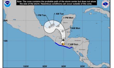 "Tormenta tropical ""Amanda"" con trayectoria a Sonda de Campeche"