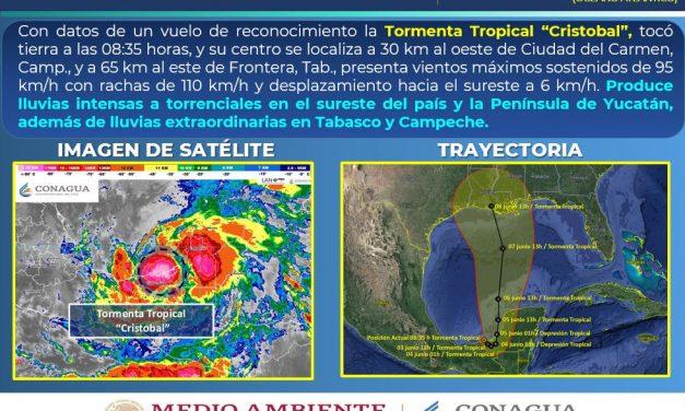 """""""Cristóbal"""" en tierra cerca de Ciudad del Carmen; bordea península"""