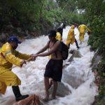 A punto del 'desastre': evacúan Celestún, Sisal y localidades del sur