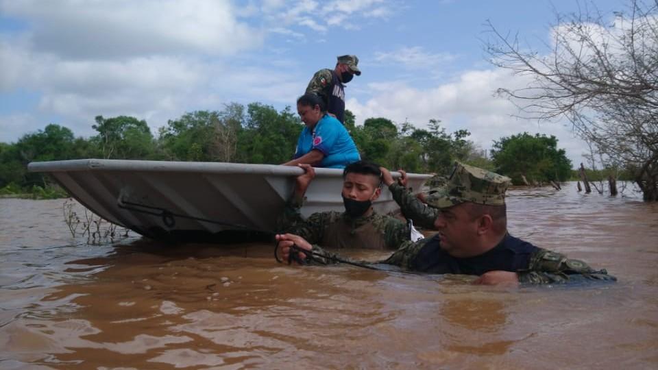 Permanecen refugiados mil 250 yucatecos por lluvias e inundaciones