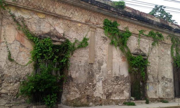 Abundante humedad potencia derrumbes de edificios en abandono