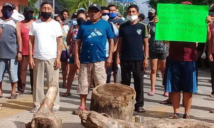 Bloqueada en Pisté carretera libre Mérida-Valladolid por protesta
