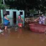 """Más lento, """"Cristóbal"""" provoca tres muertes y afectaciones en 7 estados"""