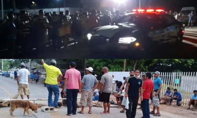 Levantan bloqueo en tramo Pisté de carretera Mérida-Valladolid (Video)