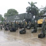 Auxilia Sedena con alimentos y agua para afectados en Tekax
