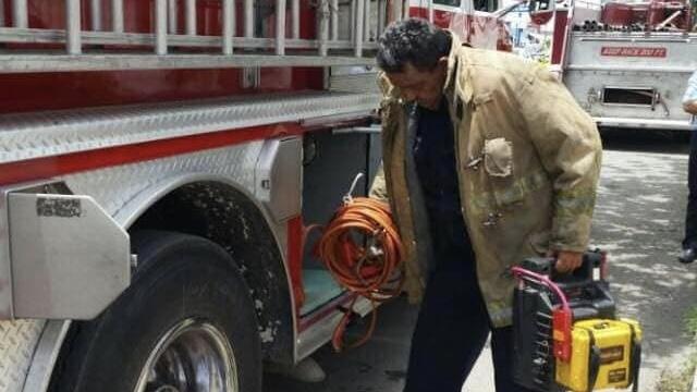 Bajo el 'fuego' del Covid: José Ricardo Silveira Salas, bombero ejemplar