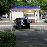 La sorprende la muerte en estacionamiento de supermercado (video)