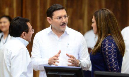 En cuarentena diputado Enrique Castillo Ruz por familiar confirmado de Covid-19