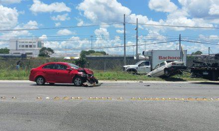 Tres muertos, incluida bebé, por encontronazo en periférico Mérida