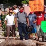 """Guías de turistas y artesanos de Chichén Itzá se deslindan de """"grillas"""""""