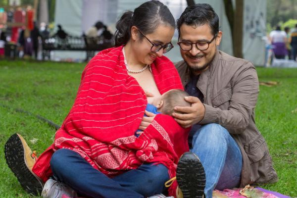 Lactancia materna, libre de contagios del Covid-19