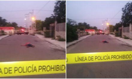 Caminaba rumbo a su trabajo en Umán y unas calles de su destino cayó y murió