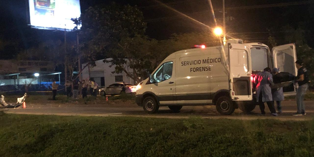 Muere una persona en persecución policíaca en periférico Mérida