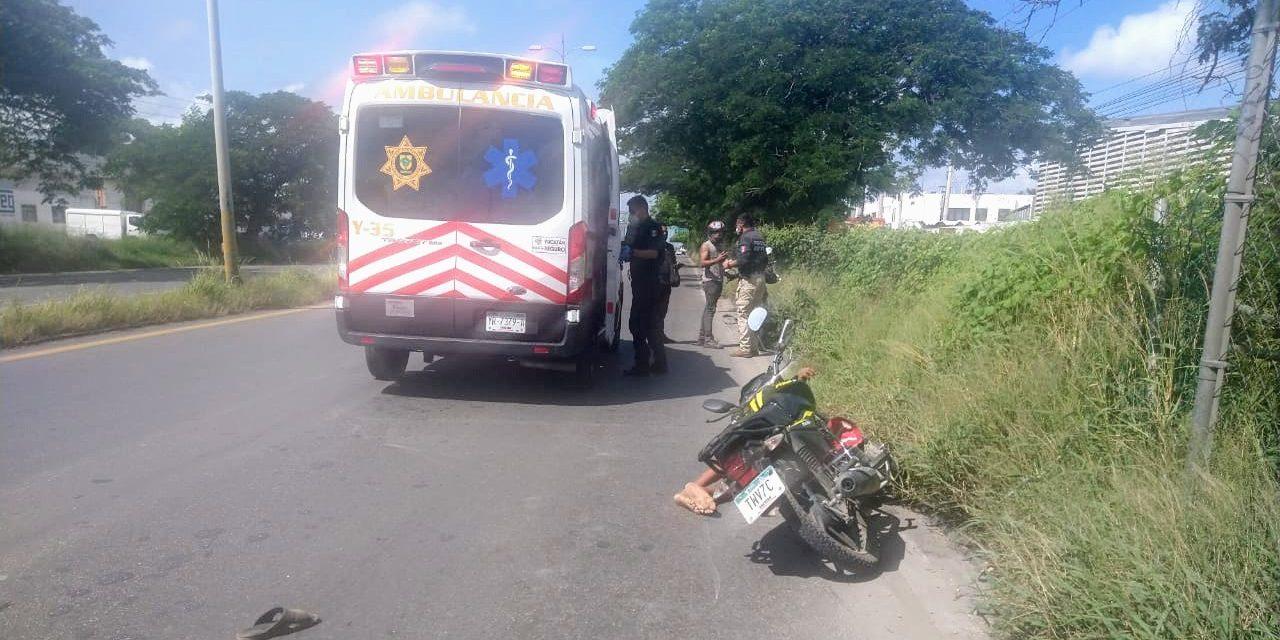 Abuelito indigente, atropellado en la Mérida-Umán; dos lesionados