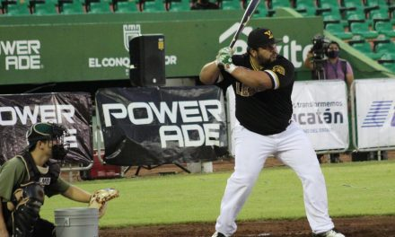 """""""Home Run Derby Peninsular"""", para""""Pepón"""" Juárez, de Leones de Yucatán"""