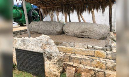 """Registra INAH """"Aplanadora Maya"""", pieza arqueológica de 1,200 años"""