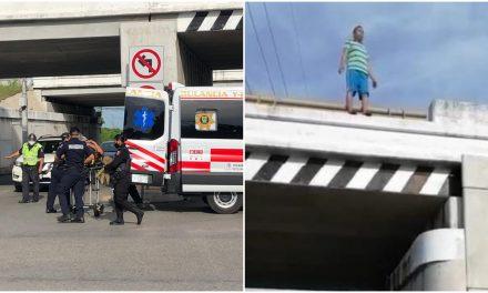 Se tira de puente en periférico de Mérida y cae sobre policía