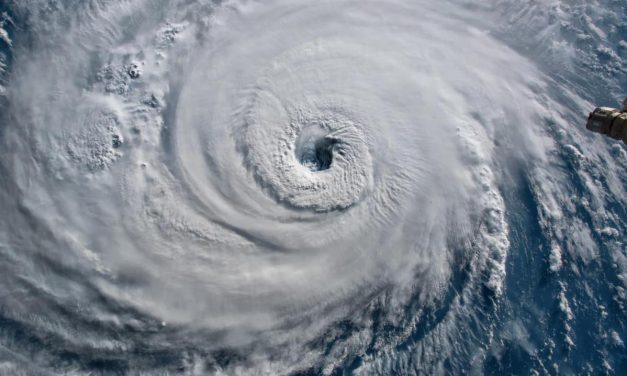 """Temporada de Huracanes 2020 está """"despedazando"""" la de 2005, la más violenta de la historia"""