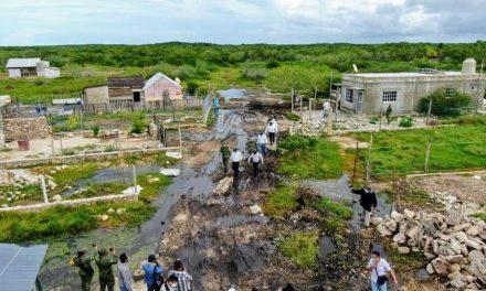 """Reparten culpas diputados por inundaciones en Mérida; """"catástrofe"""""""