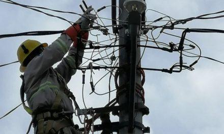 Declara CFE restablecida energía en Quintana Roo y Yucatán; Fonden