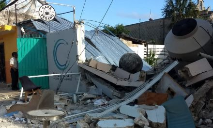 Aún cerrada por contingencia sanitaria, explota cafetería en Cozumel