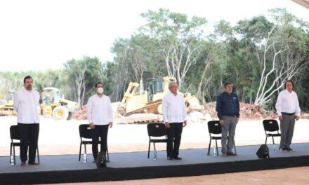 Vila y AMLO: 'enganchados' a Tren Maya y a 'buena relación'
