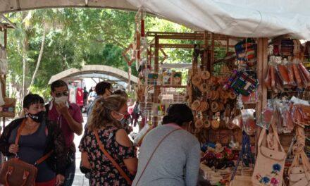 Con nostalgia por las ventas y la concurrencia retorna Mérida en Domingo