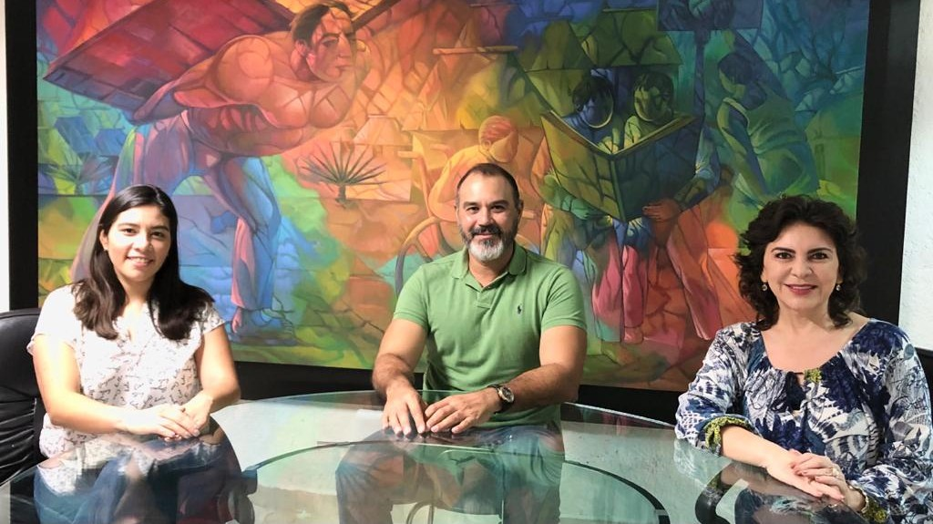 Perfila Ivonne Ortega a su primo Víctor Cervera Hernández para Mérida