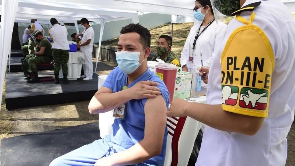 Para abril, ya vamos a estar vacunados mayoría de mexicanos.- AMLO