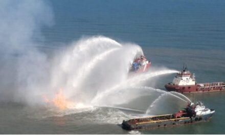 Explosión e incendio en ducto de Pemex frente a Dos Bocas, Tabasco