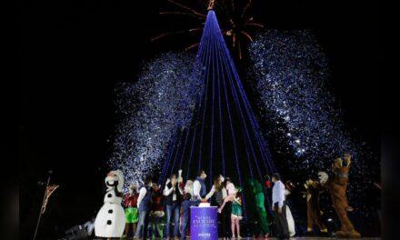 """Mérida enciende iluminación para fiestas decembrinas """"diferentes"""""""