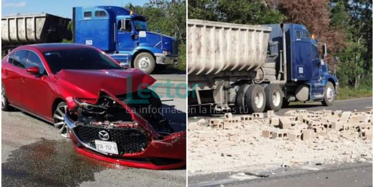 Funcionaria de Educación de Quintana Roo y su madre accidentadas en Motul