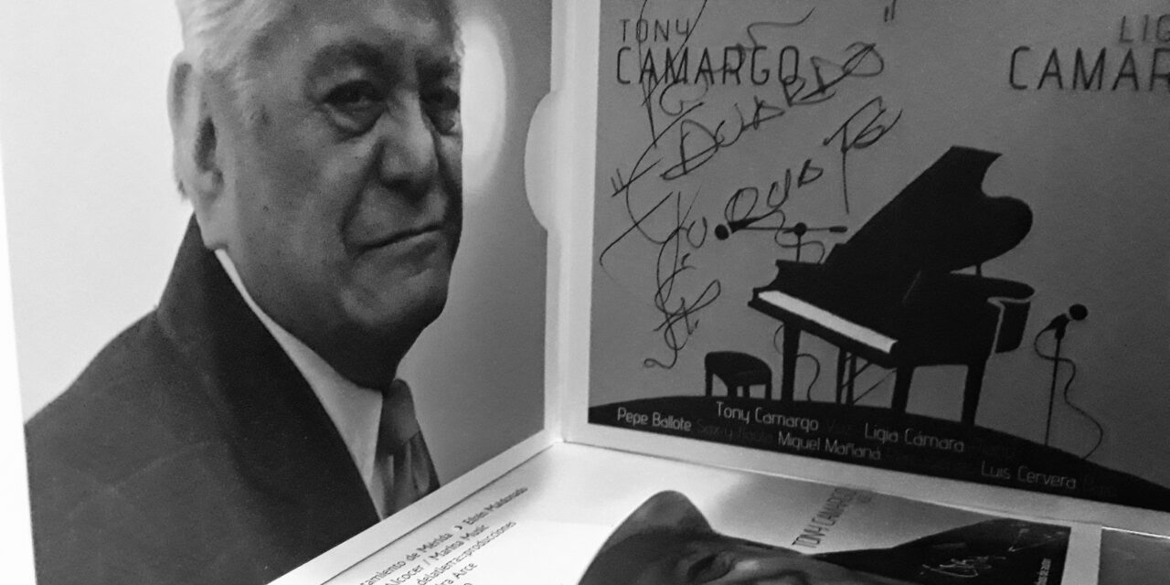 Los años viejos que Tony Camargo nunca olvidó: charla remasterizada y vídeos