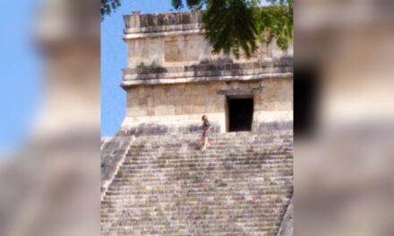 Turista que subió a El Castillo en Chichén Itzá, según INAH, estaba 'ebria'