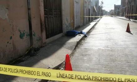 Lo sorprendió la muerte caminando en el centro de Mérida (Video)