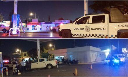 Inmovilizan bombas en gasolinera de fraccionamiento Juan Pablo Segundo