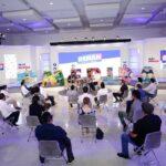 Foro Cultural de artistas locales y símbolo de campaña de Renán