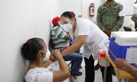 Siguen contagios en nivel alto moderado; 4 abuel@s entre 7 fallecidos