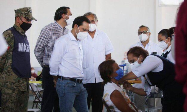 Vacunado 85.41 por ciento de adultos mayores registrados en Yucatán