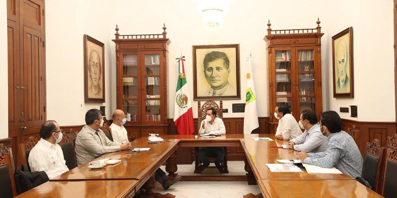 Cerca solución legal para rescate de hospital de Ticul.- Vila Dosal
