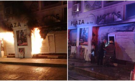 'Plaza de las Motos' en Mérida dañada por incendio de origen desconocido