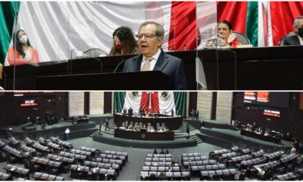 Muñoz Ledo en contra de violentar la Constitución; al borde de la renuncia