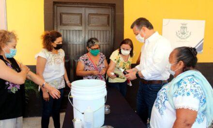 En comisaría de Mérida  elaboran repelente orgánico a base del árbol de neem