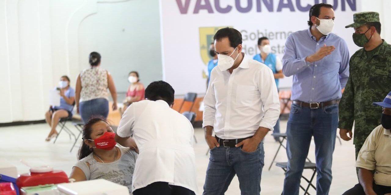 Cuatro municipios de Yucatán en vacunación de adultos de 50 a 59 años