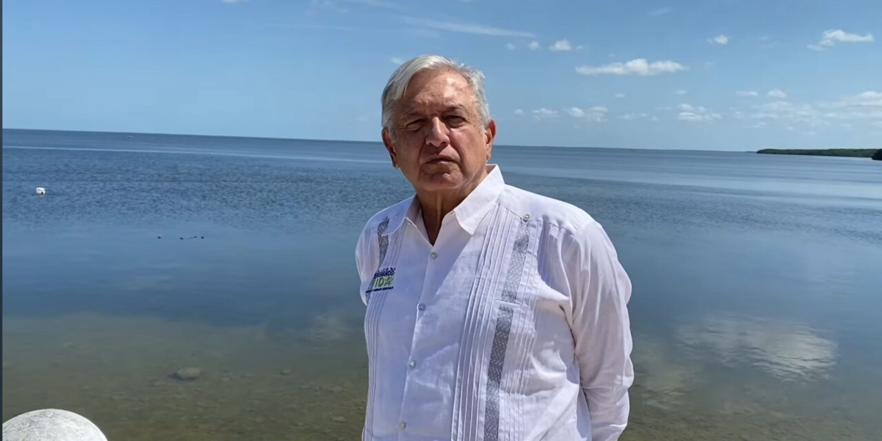 Mensaje de López Obrador a trabajadores, desde malecón de Campeche