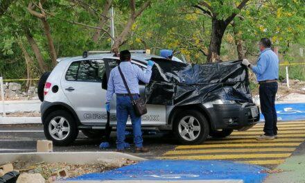 Va a ejercicio matutino y muere dentro de auto en Francisco de Montejo